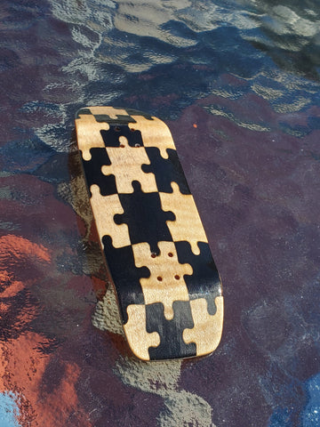PUZZLED BLACK/MAPLE BOXY SHAPE SPLITPLY DECK