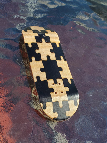 PUZZLED BLACK/MAPLE POPSICLE SHAPE SPLITPLY DECK