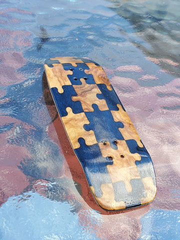 PUZZLED BLUE/EXOTIC BOXY SHAPE SPLITPLY DECK