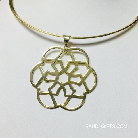 Necklace with Six Fold Star Outline
