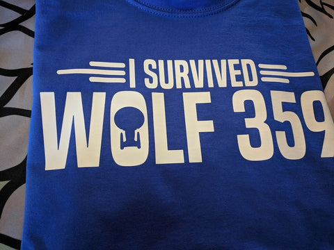 Star Trek T-Shirt - I Survived Wolf 359 - Loads of colours - Bad Wolf Clothes
