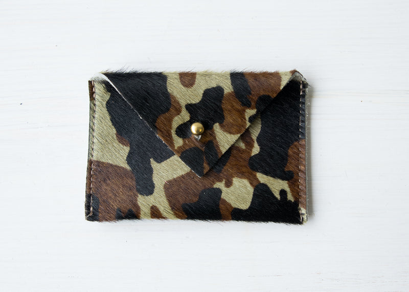 Real Cowhide Printed Leather Wallet Card Case with Closure