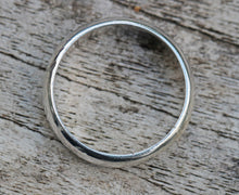 Load image into Gallery viewer, Sterling Silver Mens Unisex Hammered Ring