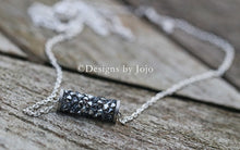 Load image into Gallery viewer, Swarovski Barrel Necklace