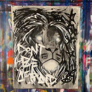 Don't be afraid / wake the light / clarity lion / black + white