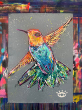 Load image into Gallery viewer, Amazing things/ hummingbird
