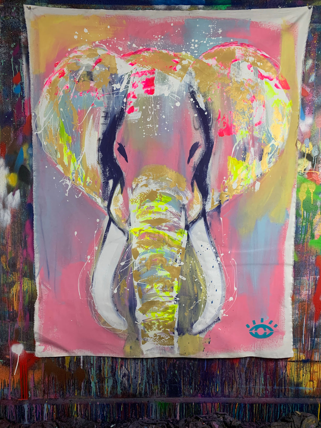 Stay golden / signature elephant / 2021