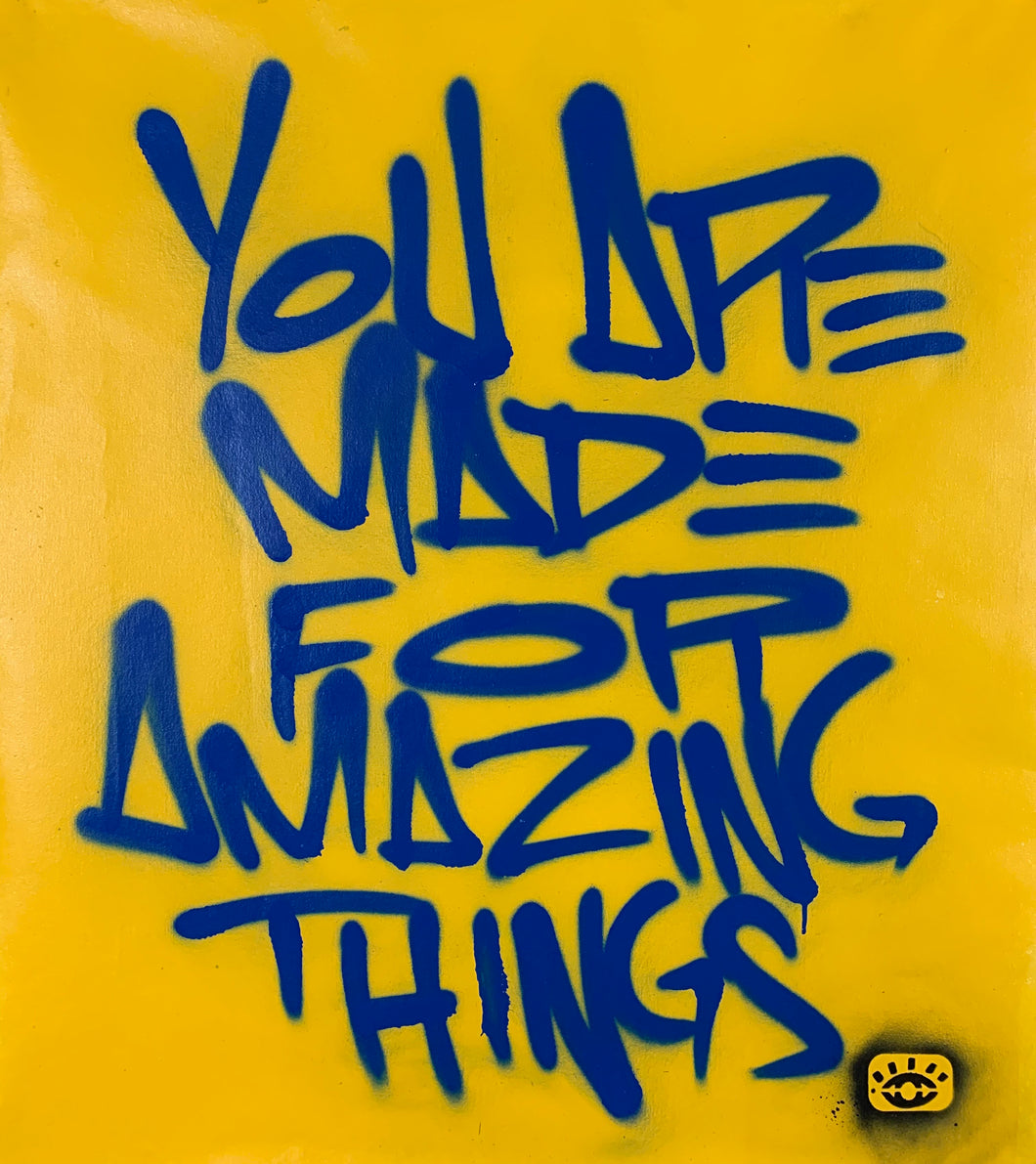 Amazing things tag / yellow + royal blue