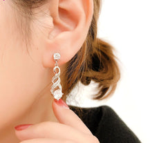 Load image into Gallery viewer, Four Claw Crystal Silver Earrings™