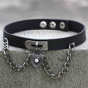 Harajuku Punk Rock Gothic Sexy PU Leather Heart Round Spike Rivet Collar Choker Necklace