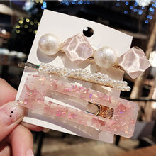 Load image into Gallery viewer, Barrettes Pearl Geometric Girls Hairpins