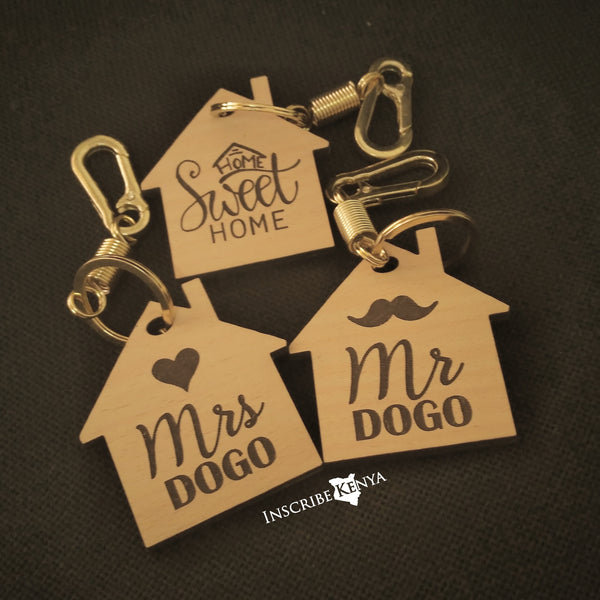 House Shaped wooden keychain