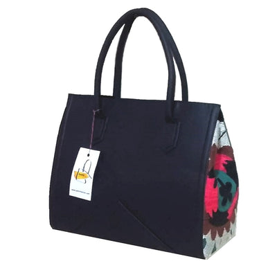 "Shoulder Bag ""Flowers-on-the-side"""