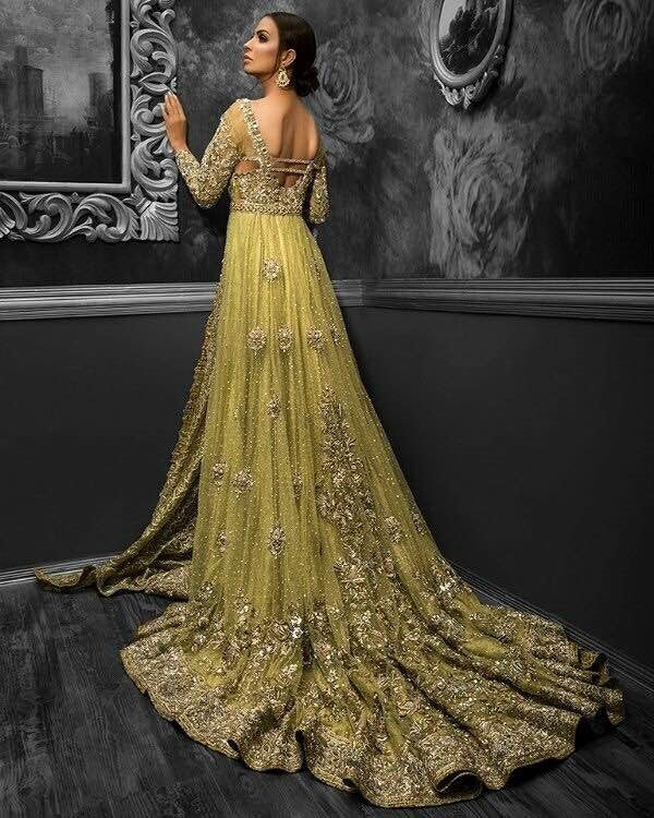 9e570d76b The festive season is all upon us and every moment now will be crucial to  pick up your attires for Dusshera