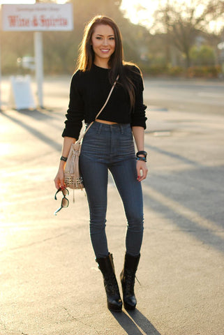 Crop Top with High Waist