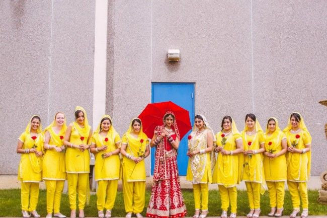 Bridemaids in yellow color