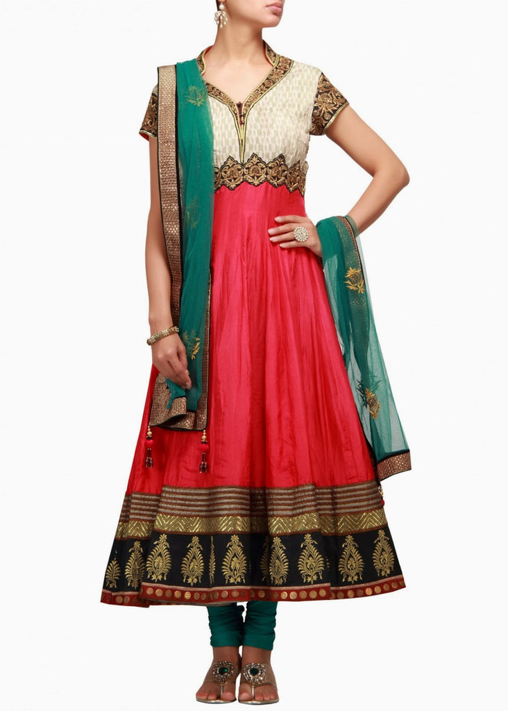 red color anarkali salwar kameez with green dupatta