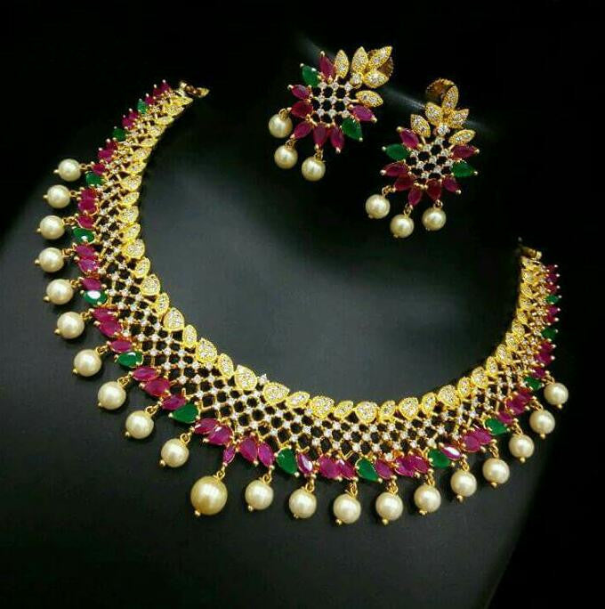 Exclusive AD Necklace Set
