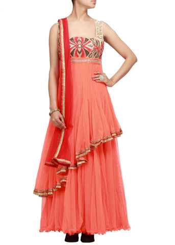 Peach suit in double layer with wool embroidery