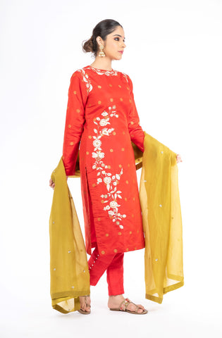 Stunning Red Color Pure Silk Salwar Kameez With an Olive Green Organza Dupatta