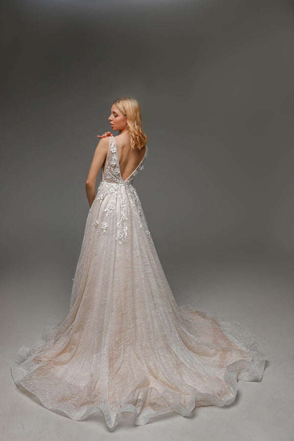 V0102, Sleeveless Wedding Dress, Boho Wedding Dress