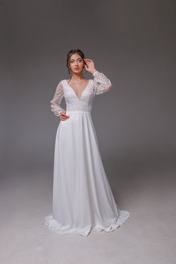V0118,Open Back Wedding Dress,  Beach Wedding Dress