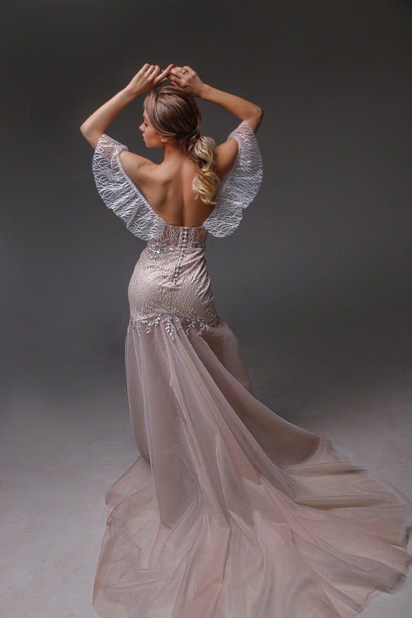 V0123, Bohemian Wedding Dress, Open Back Wedding Dressress