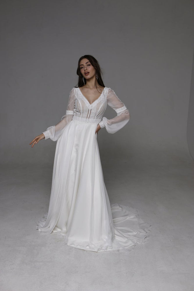 "Wedding Dresses ""Melanie"""