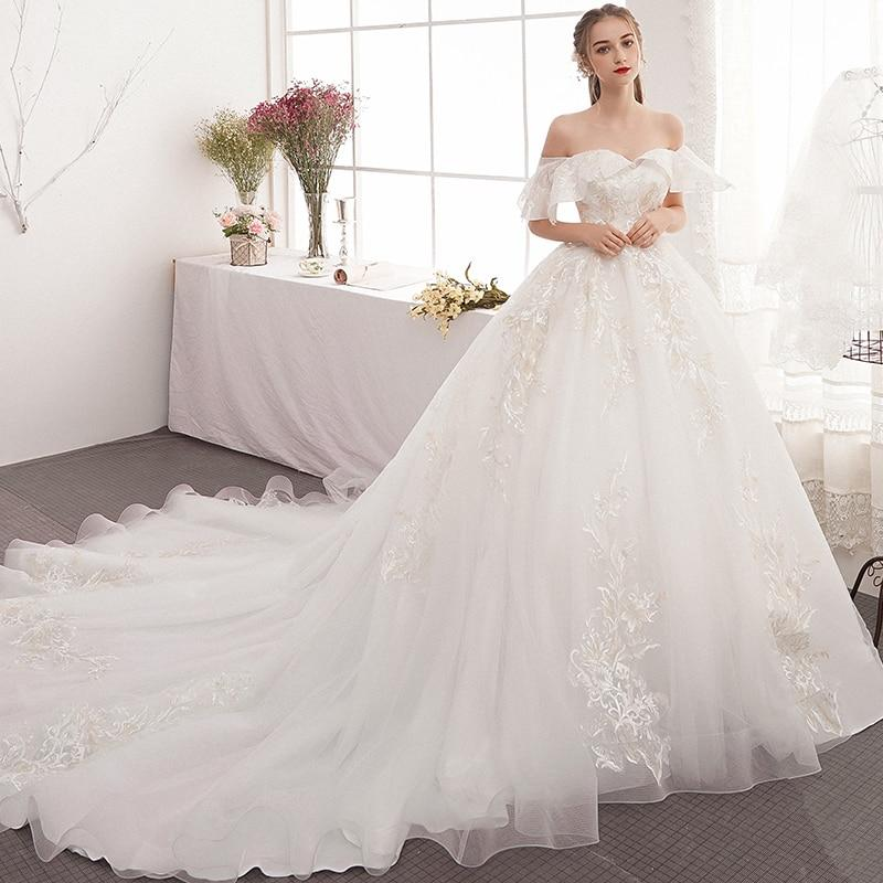 Pregnant women's wedding dress