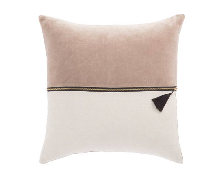 Gisela Pillow