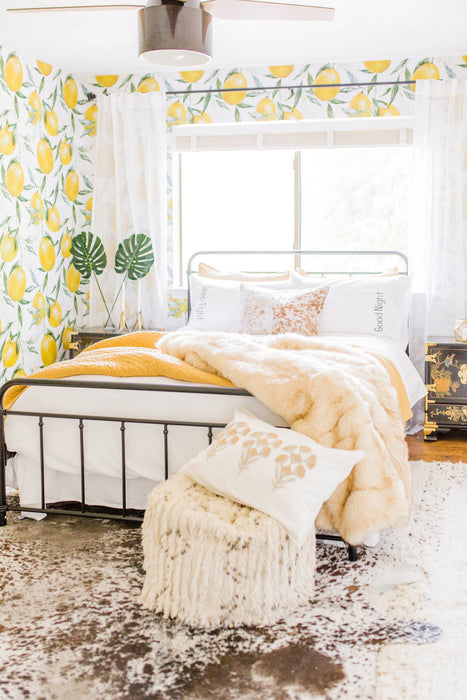 Room Makeover with Joyfully Green: Guest Room Transformed with Bright New Walls