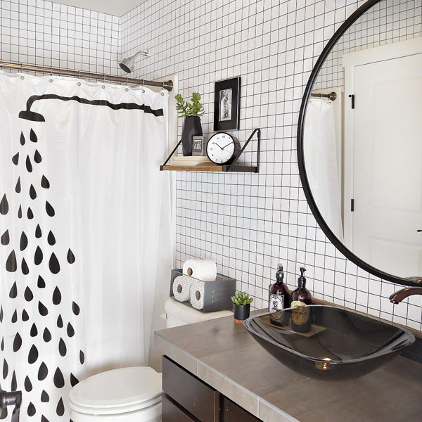 Geometric Patterns For A Bang-Up Bathroom