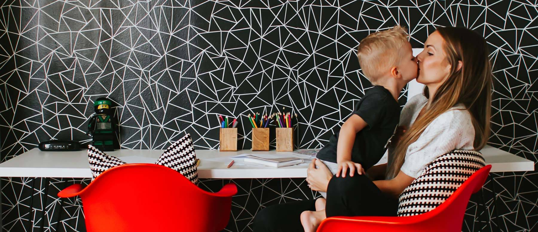 Huge Selection Of Designer Wallpaper Patterns And Styles