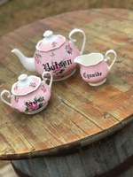 Full service tea set (for 4) Poison, cyanide and arsenic | vulgar vintage style tea set including pot, creamer and sugar bowl set