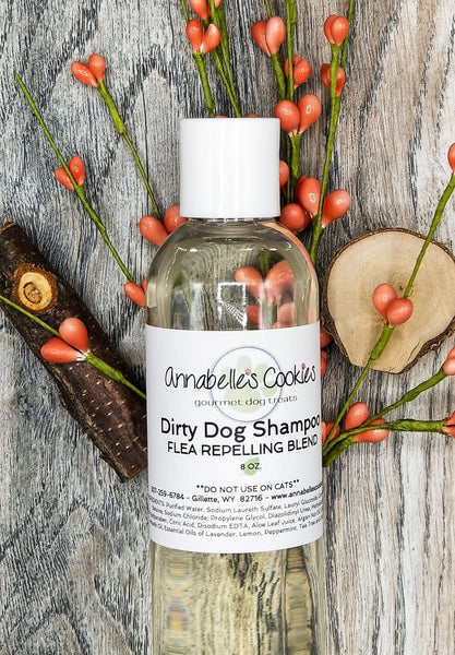 Dirty Dog Liquid Shampoo / Clean Rinsing with Luxurious Lather / 8 oz. Bottle