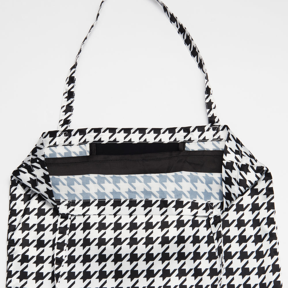 Black and White Houndstooth Patterned Shoezie Satin Tote bag, showing internal satin divider used to separate and protect shoes from rubbing