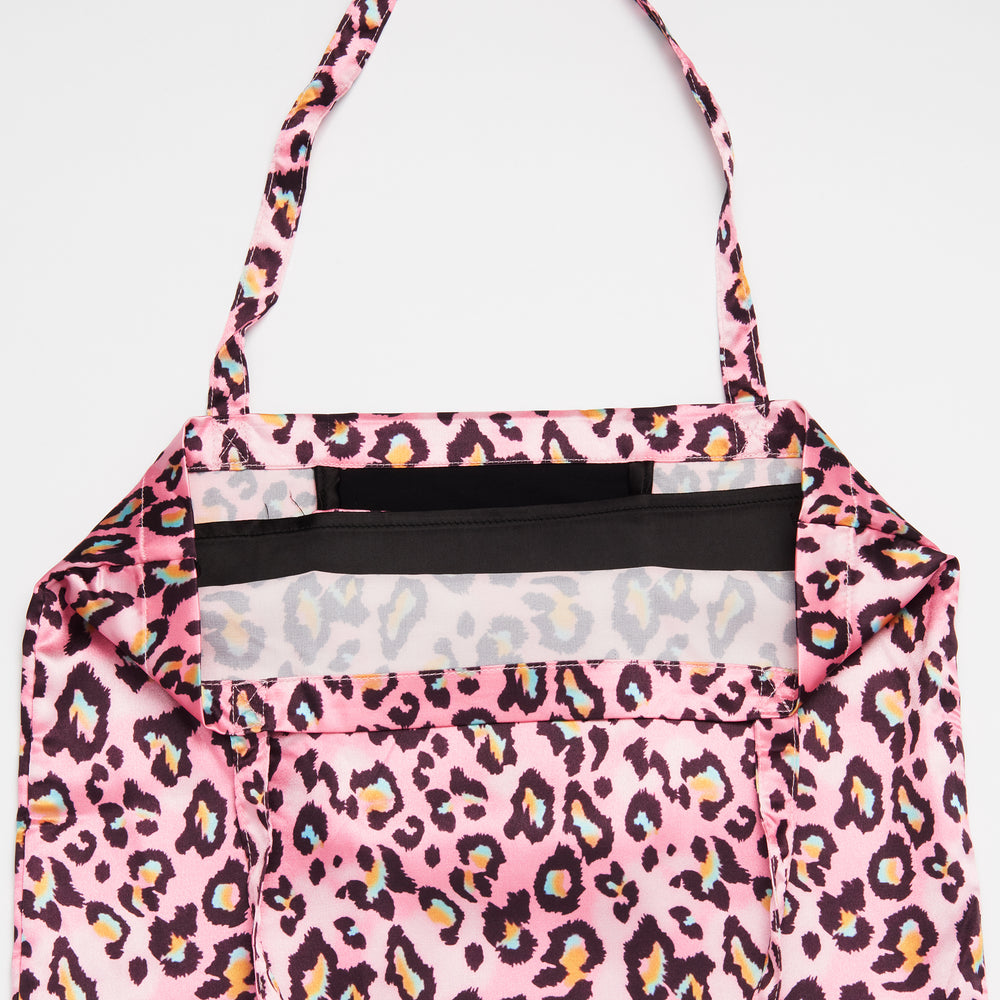 Pink Camouflage Patterned Shoezie Satin Tote bag, showing internal satin divider designed to seperate shoes and protect them from rubbing against each other