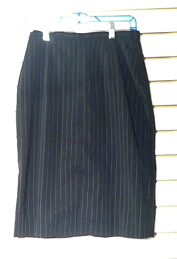Women's Black Pin-Striped Skirt Size 6 by Jaclyn Smith (00921)