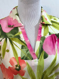 Women's Multi-Color Floral V-Neck Top Size S by Caribbean Joe (03579)