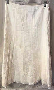 Women's Plus Size White Textured Striped Mid-Length Skirt Size 16 by Emma James (02463)