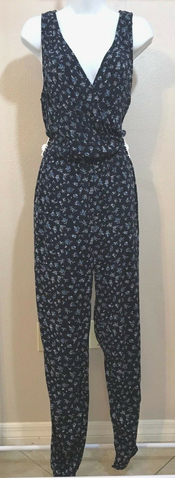 Women's Navy Blue Floral Jumpsuit by Forever 21 (04013)