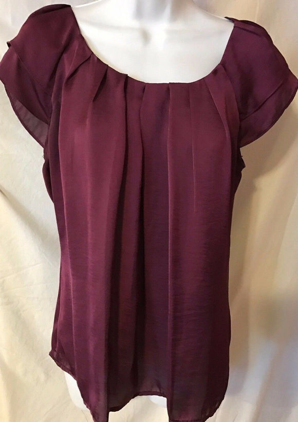 Women's Plum Pleated Top Size M by Dressbarn (02682)