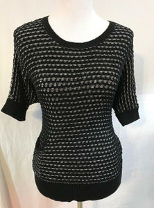 Women's Black & White Textured Sweater Top Size M by Ann Taylor LOFT (03352)