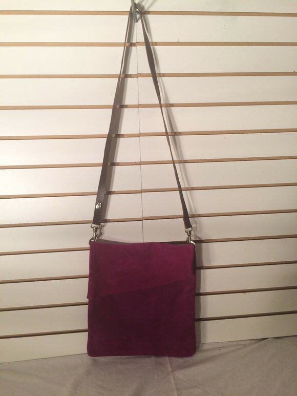 Women's Suede Magenta Square Asymmetrical Handbag w/Clip-On Straps (P144)