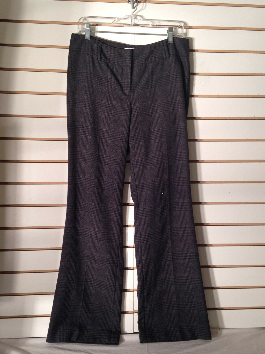 Women's Charcoal Gray Plaid Pants by New York & Company (01942)