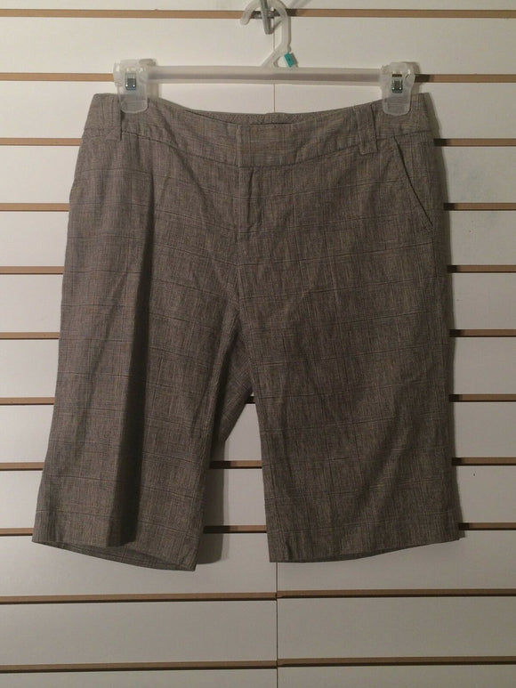 Women's Gray Tweed Walking Shorts by Banana Republic (01909)
