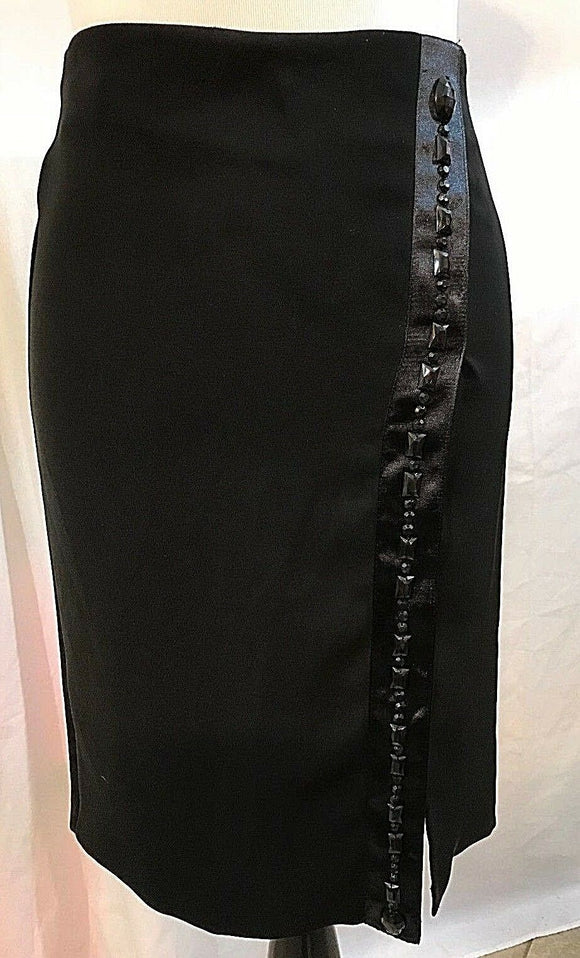 Women's Black Side Beaded Trim Skirt Size 38M by United Colors of Benetton (03203)