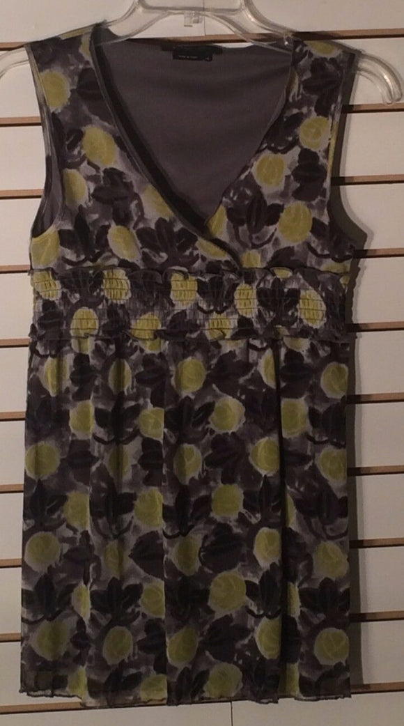 Women's Gray & Yellow Floral Top Size XS by BCBG MAX AZIA (01643)