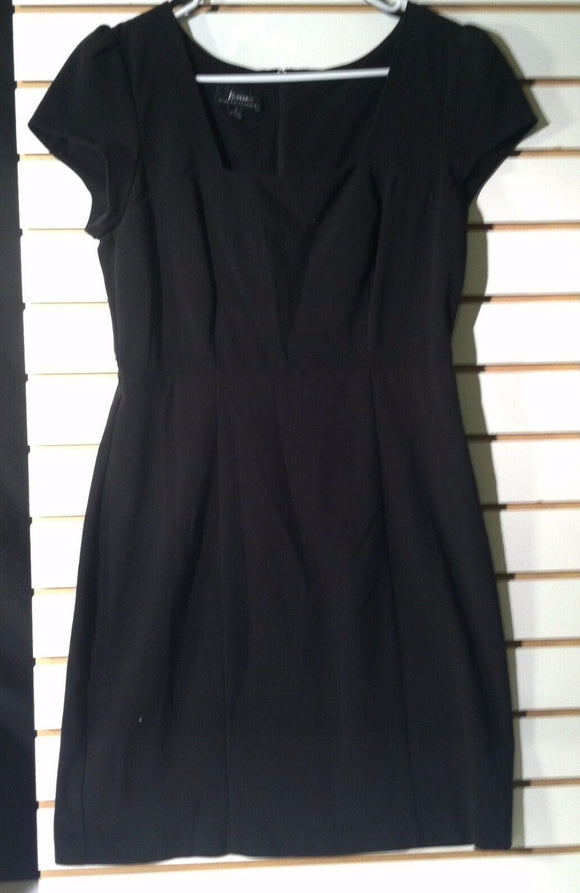 Women's Junior Size Black Cocktail Dress Size 7 by B. Wear Too! Byer California (00945)
