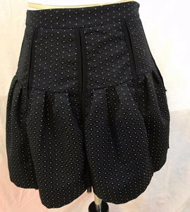 Women's Black Polka Dot Pleated Skirt Size 6 by Sans Souci (03098)
